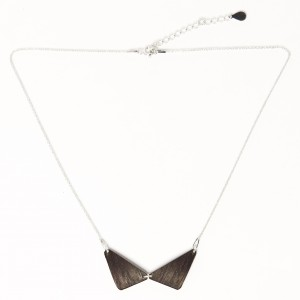 Black wooden necklace 2