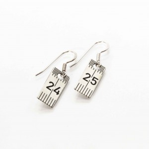 Measuring plate earrings rectangular