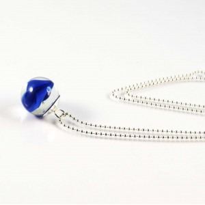 Marble necklace blue