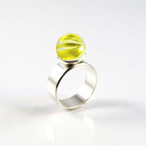 Marble ring yellow